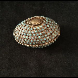 Other - Turquoise stones egg shape box. Vintage